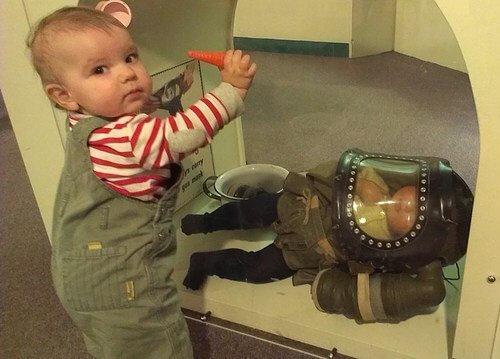 Baby gas mask